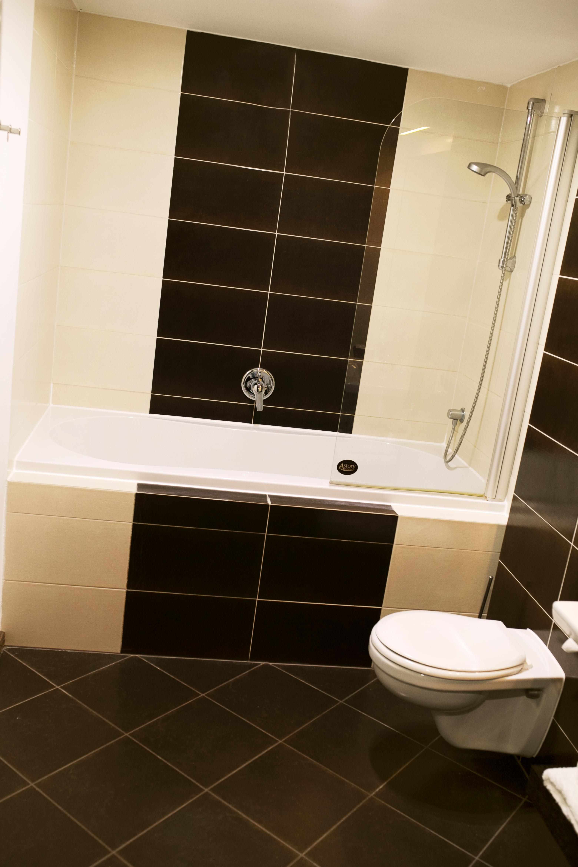 Koupelna s extra velkou vanou